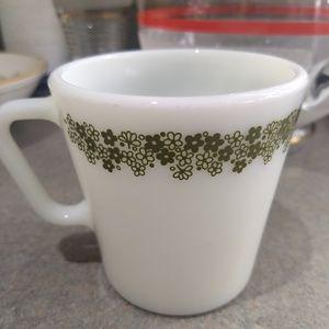 Set of 4 Spring blossom green Pyrex daisy mugs